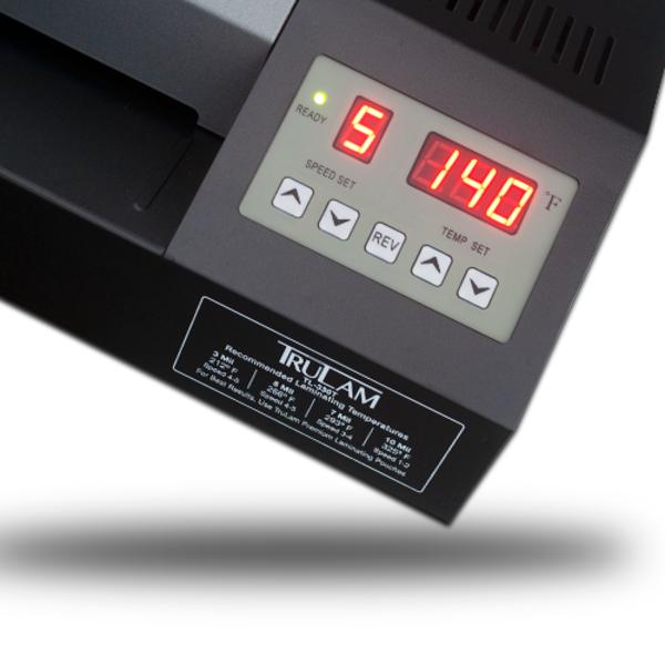 digital temperature and speed disp